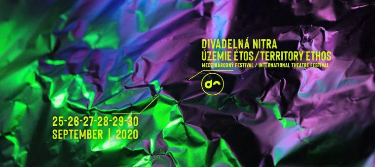 Divadelná Nitra 2020 Ú𝐙𝐄𝐌𝐈𝐄 É𝐓𝐎𝐒